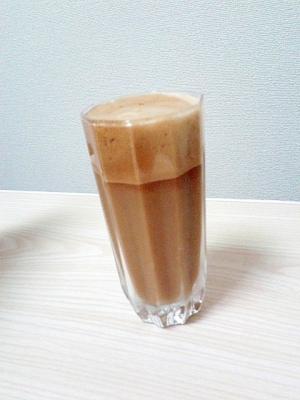 振るだけ簡単!ギリシャ風アイスコーヒー・フラッペ!