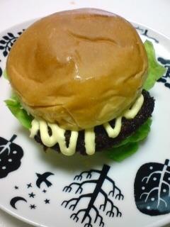 とんかつの甘タレのハンバーガー