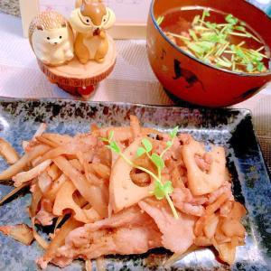 豚肉と蓮根と牛蒡のぽん酢黒七味炒め