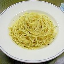 安心オリーブオイルと和風出汁で!ペペロンチーノ!