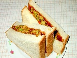 ゴーヤかき揚げサンドイッチ