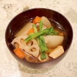 カブと根菜と鶏肉のあったか和風スープ♪