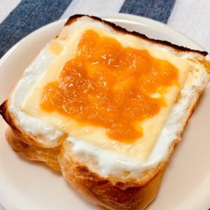 チーズケーキみたいな☆チーズヨーグルトトースト