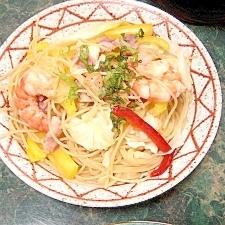中華鍋ひとつ★エビとパプリカのカラフルパスタ