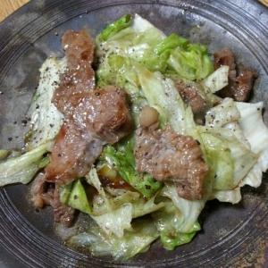 牛肉とレタスのシャキシャキ炒め