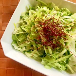 千切りレタスとめかぶの中華風ねばねばサラダ