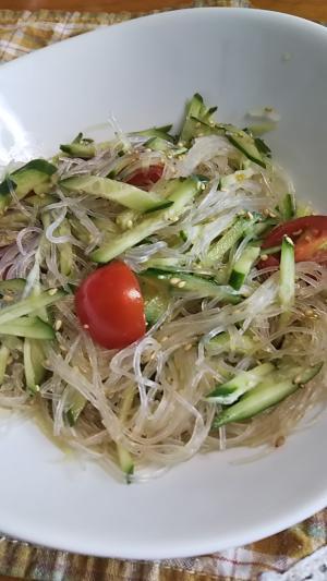 【節約レシピ】きゅうりとプチトマトの春雨サラダ