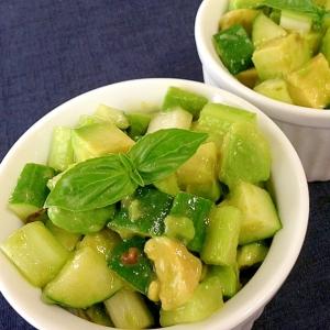 グリーン野菜☆コロコロサラダ