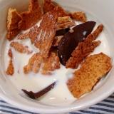 大豆粉クッキーとチョコアイスでシリアル風