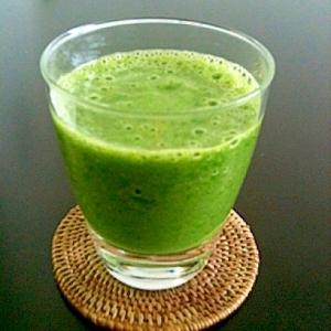朝から栄養いっぱいのGreen drink