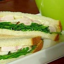 ゆで鶏de春菊サンド