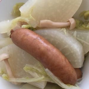 ウインナーと白菜の煮物