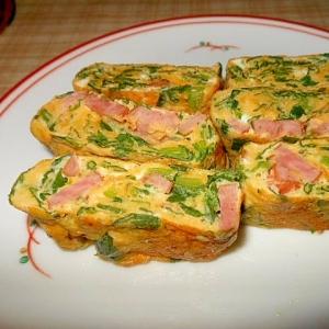 ほうれん草+ウインナー+粉チーズ入り卵焼き