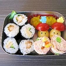 お弁当に簡単・鶏ひき肉ロール