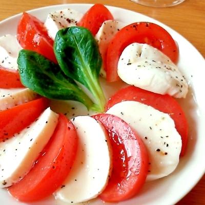 生でも美味しい、焼いても美味しい!「モッツァレラ」で簡単おつまみ