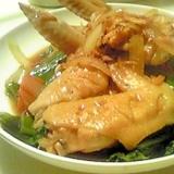コラーゲンたっぷり♪鶏手羽先の簡単煮込み