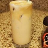 ミルク入りフラッペコーヒ ギリシャのアイスコーヒー