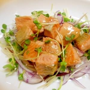★サーモンソテーと野菜のうま塩ドレッシングサラダ★