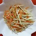 水菜とにんじんのごまだれサラダ
