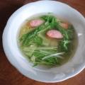 レンジで簡単♪ウインナーとエリンギと水菜のスープ