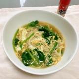 たっぷりほうれん草の鶏ガラ醤油の卵とじ煮麺♡