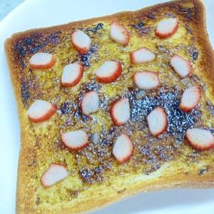 簡単♪朝ごパン♪海苔の佃煮とカニカマのトースト