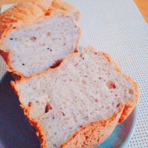 HBで簡単☆あんこの甘みが優しい食パン♪