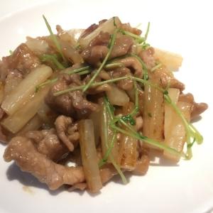 大根と豆苗の豚肉炒め
