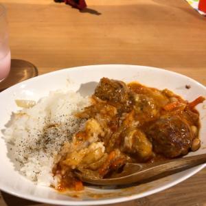 肉団子のトマト煮込み