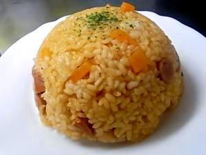 電子レンジでお米から炊いちゃう★ケチャップライス
