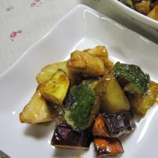 ♪鶏胸肉と野菜のこってり炒め♪