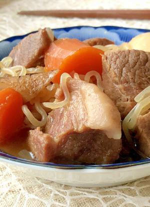 お肉ゴロゴロ♫豚塊肉と根菜の煮込み