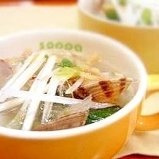 寒天屋さんのあさりと小松菜の食べちゃう寒天スープ