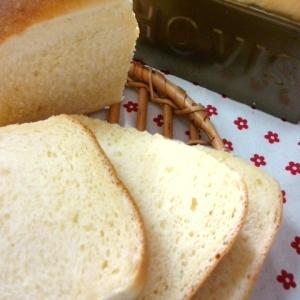 たまにはリッチ生地で☆生クリーム入り食パン
