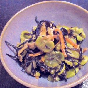 大豆の甘みたっぷり♪「打ち豆」とひじきの炒り煮