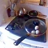 15分でできる!フライパンで作るゆでない、ゆで卵