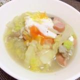 冷凍庫キノコミックスでポーチドエッグの野菜スープ