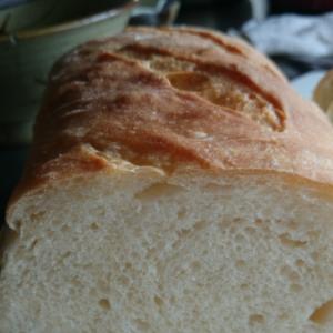 100斤の型ででかい捏ねないパン♪