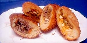 ひき肉ストックで☆豆腐パンのピロシキ