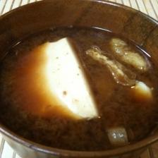 初心者でも簡単!豆腐のお味噌汁