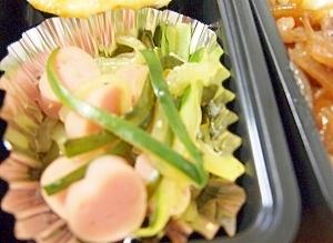 きゅうりと魚肉ソーセージ炒め