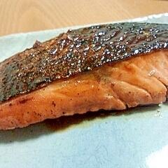 簡単なのに本格的!鮭のゆずぽん焼き
