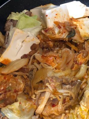 うますぎっ‼️豚キム納豆鍋