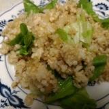 レタスと鶏ひき肉のチャーハン