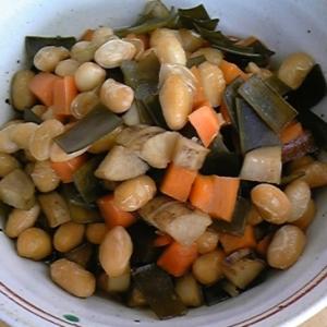 だしをとった昆布、大豆の水煮で簡単☆五目煮豆