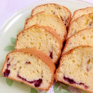 ブルーベリーソースで☆ブルーベリーのパウンドケーキ