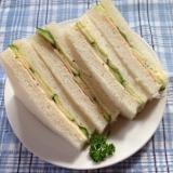 からしマヨdeハム&きゅうりサンドイッチ♪
