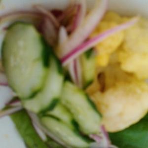 カリフラワーのカレー酢サラダ