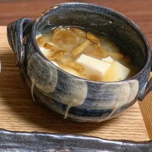 相性抜群✨なめこと豆腐の味噌汁