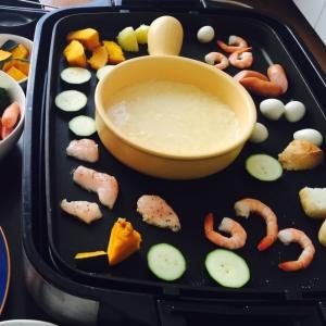 mixチーズでお手軽‼︎ 焼チーズフォンデュ☆